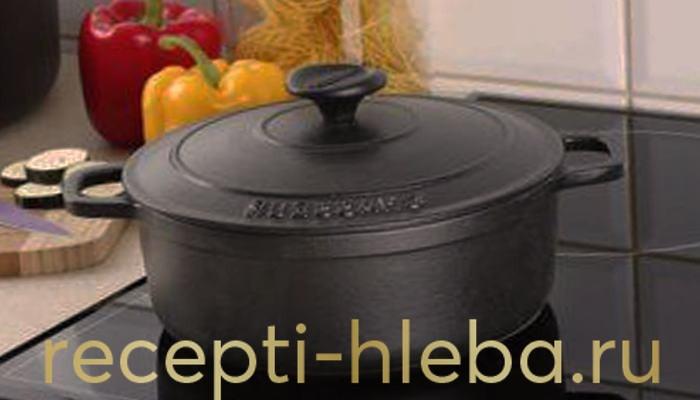 Чугунная посуда для выпечки хлеба