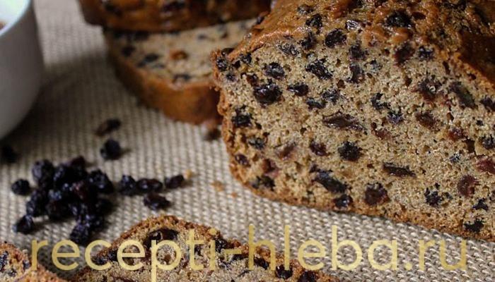 Домашний ржаной хлеб с черносливом